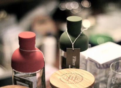 茶漉し付きワインボトル型ティーポット